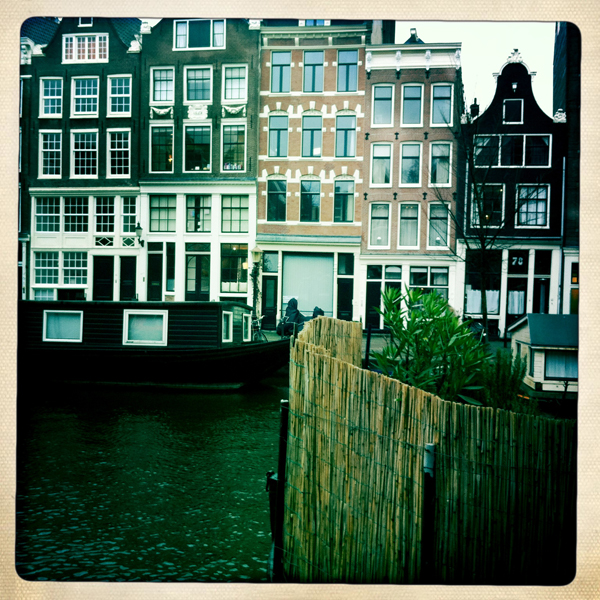 Amsterdam canalside houses - Mancel Wanders wallpaper studio