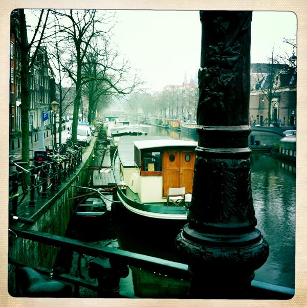Canalside Amsterdam - Mancel Wanders wallpaper studio